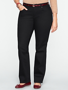 Signature Super Black Rinse Straight-Leg Jeans