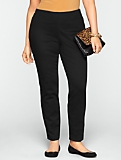 Slimming Heritage Black Side-Entry Ankle Jeans