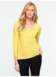 Three-Quarter Sleeve Ruched Scoop Tee