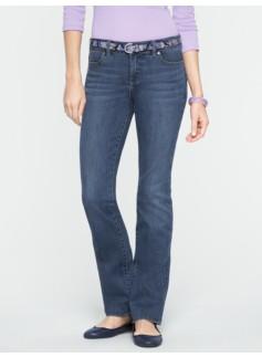Slimming Signature Medium Ocean Wash Straight-Leg Jeans