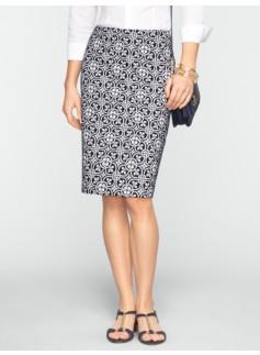 Leaf & Flower-Link Pencil Skirt