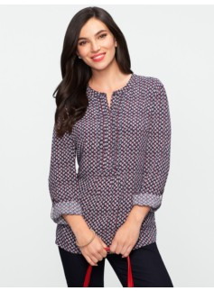 Berries & Leaves Pintucked Band-Collar Shirt