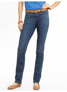 Slimming Signature Cove Wash Straight-Leg Jeans