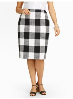 Bold Plaid Pencil Skirt