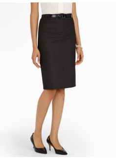 Chic Pindot Pencil Skirt