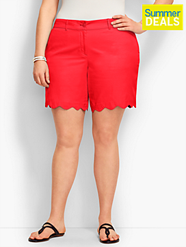 Womans Scallop Hem Short