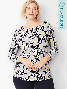 Three-Quarter Sleeve Floral T-Shirt