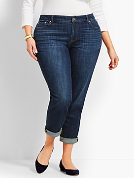 Womans Exclusive Denim Girlfriend - Curvy Fit/Camden Wash