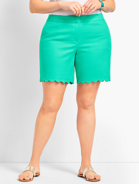 "Plus Size Exclusive 7"" Textured Scallop Short"