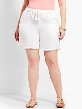 "Plus Size Exclusive 7"" Linen Short"