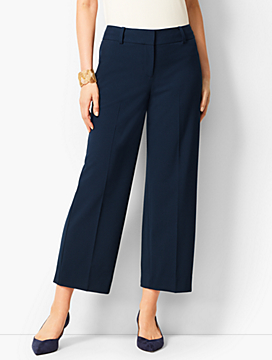 Refined Wide-Leg Crop Pant