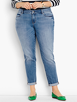 The Flawless Five-Pocket Boyfriend-Bluebell Wash