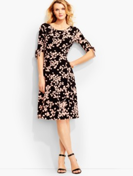 Vine-Print Tie-Sleeve City Jersey Dress