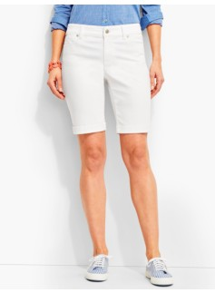 The Flawless Five-Pocket Boyfriend Short-White